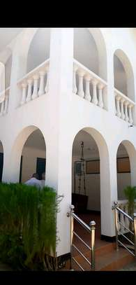 House for sale in upanga. image 4