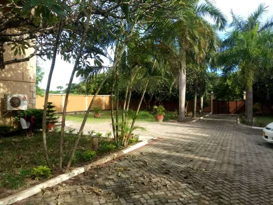 4 Bedroom Standalone House With Large Compound image 2
