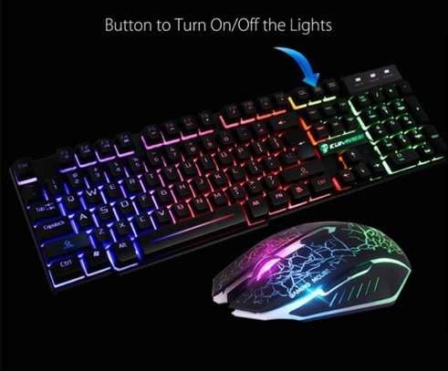 Gaming keyboard and mouse image 3