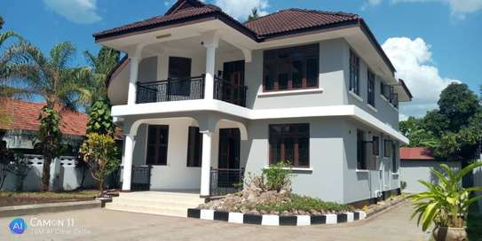 4bed house  for sale at tegeta  zoo