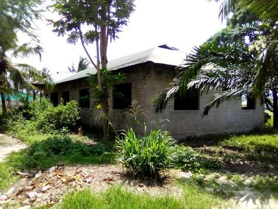 4 bdrms Semi-finished House in a 3000 SQM Plot at Pugu/KigogoFresh image 1