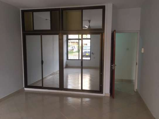 3 Bedroom Apartment / Flat for sale in Upanga image 4