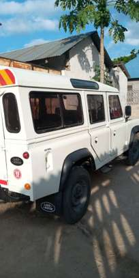1999 Land Rover image 2