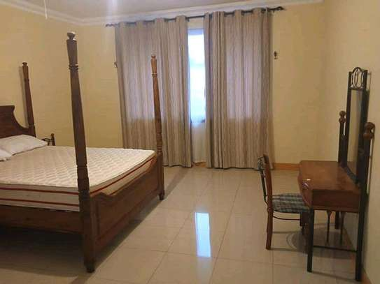 2 bdrm fully furnished at Masaki for rent image 4