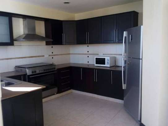 3bed house full furnished apartment at sea view upanga $2200pm image 1