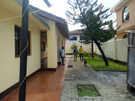 3 bed room big house for rent at mikocheni image 8