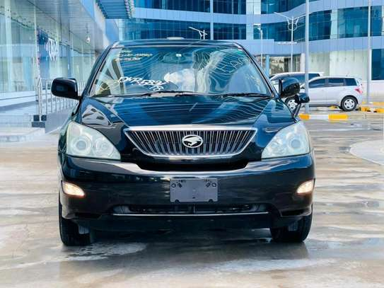 2004 Toyota Harrier image 3