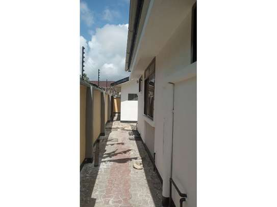 3bed house at mikochen b th 1,000,000 image 11