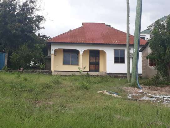 2Bedrooms House at Mlimani Area Changanyikeni tsh 400,000