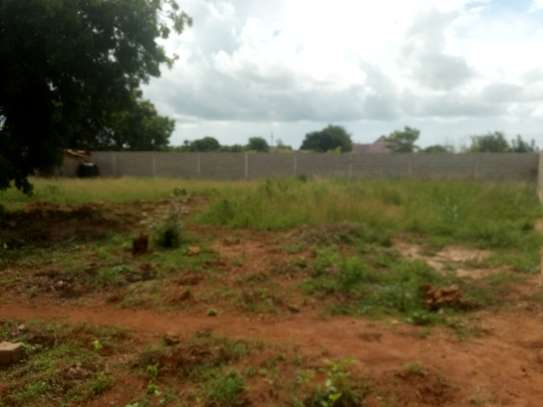 Plot for Sell Wazo Hill 60m Negotiable image 2