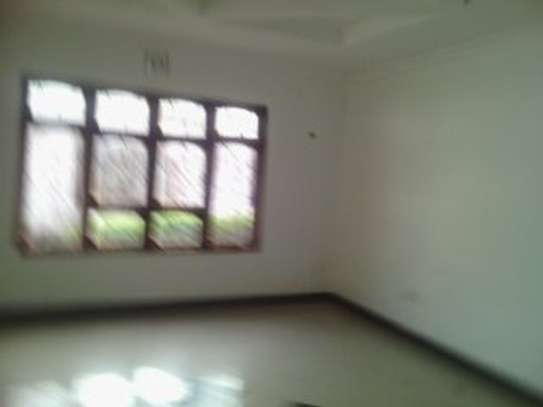3MASTERBEDROOMS HOUSE FOR RENT AT MOSHONO image 5