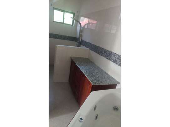 amaizing 3 bed room house for rent at oyster bay image 14