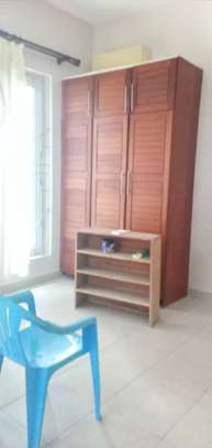3 bed room house villa for rent at mbezi beach near round about white sand. image 9