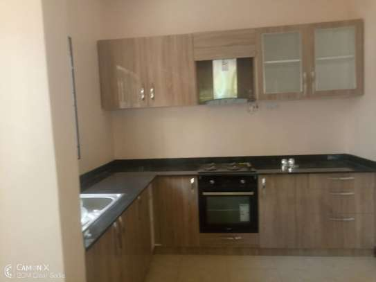 4bed house at oyster bay with big compound $3500pm image 2