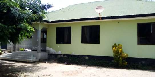 3 bed room house for sale  at madale image 2