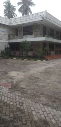 5 bed room house for rent at mikocheni warioba image 1