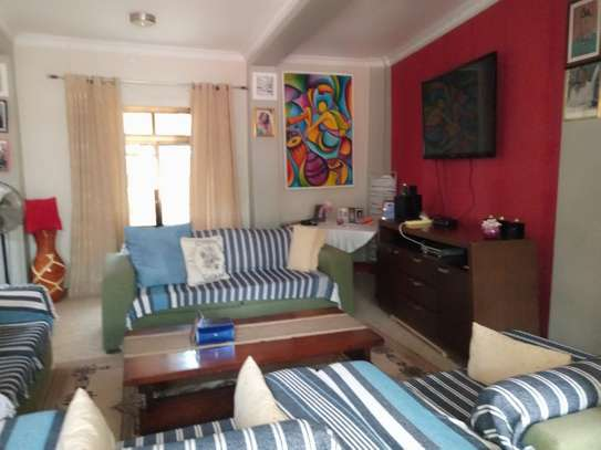 4bed house in the compound at msasani $800pm image 5