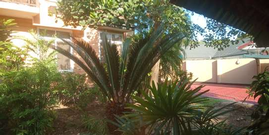 2bed fully furnished apartment at oyster bay in a botanic garden squre image 10
