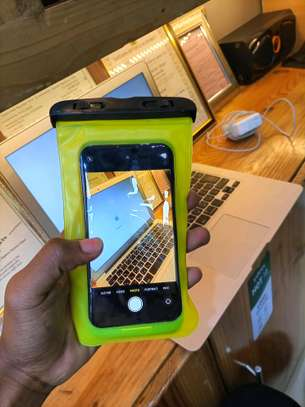*Water proof  cover for iphones and androids* image 1
