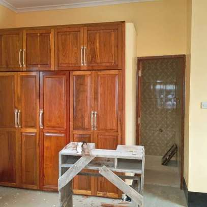 STAND ALONE HOUSE FOR RENT - SINZA image 5