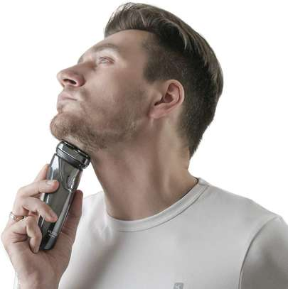 FLYCO Electric Shavers Men FS339EU, Wet & Dry Electric Razor Rotary Shaver for Men image 5