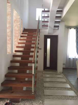 4 Bedroom Villas in Mbezi Beach With Sea View image 6