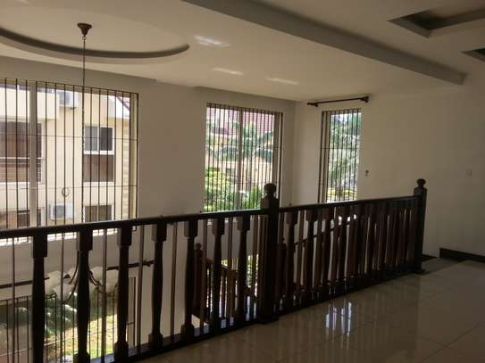 4 bedrooms Villa in Gated Compound In Oysterbay For Rent image 10