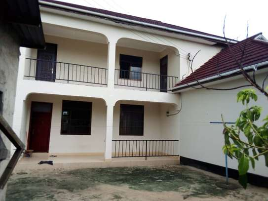 5 bed room house for sale at boko image 4