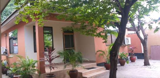 2BEDROOMS HOUSE 4RENT KINONDONI MOROKO image 3