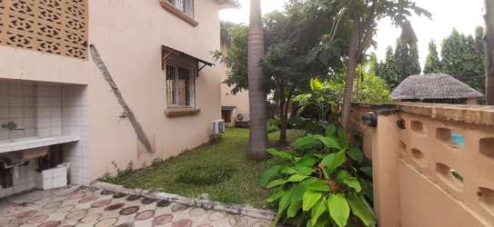 4 Bedrooms Large Home For Rent in Oysterbay image 12