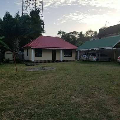 2 Bedroom in the compound at kinondoni kwa pinda 2 image 5
