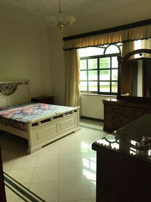 Villa for rent in Oysterbay image 4