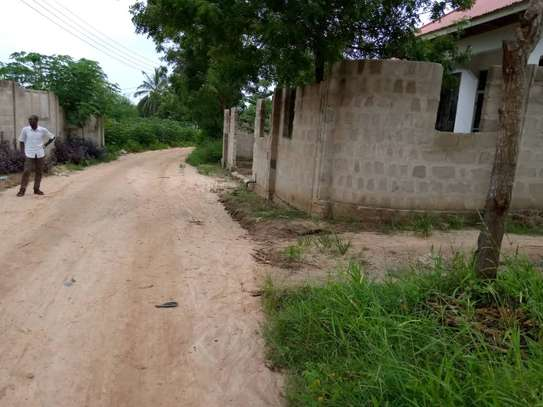 3 bed  house for sale tsh 45ml  at goba 2 km from the road, plot area sqm 400 image 5