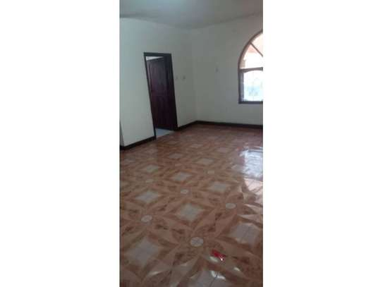5bed house at mikocheni $1500pm image 12
