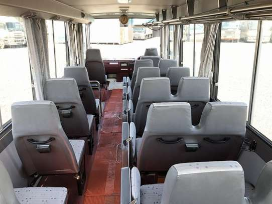 1994 Hino RAINBOW BUS 29SEATER TSHS 35MILLION ON THE ROAD image 7