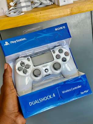 Ps4 Controller image 1