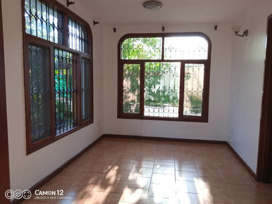 3bdrm house for rent in masaki peninsula image 3