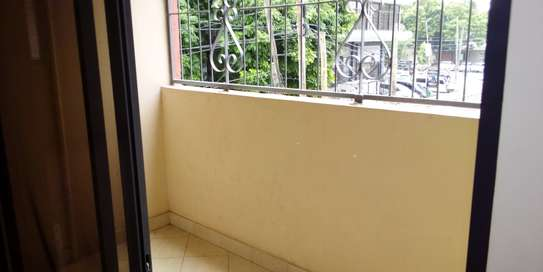SPECIOUS 3 BEDROOMS SEMI FURNISHED FOR SALE AT KARIAKOO image 4