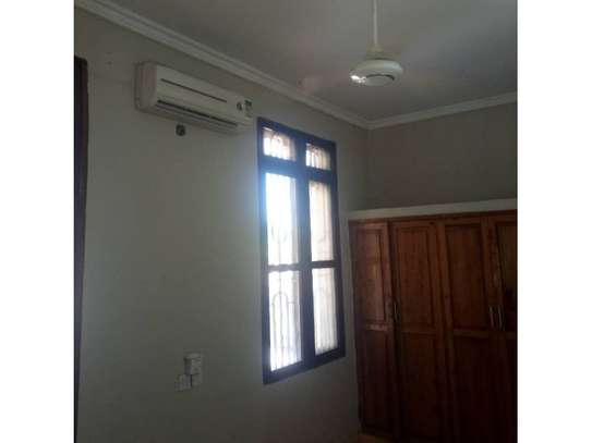 3bed house at kinondoni tsh 1,000,000 image 9
