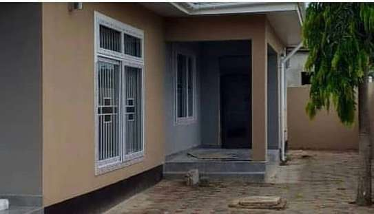 House for sell MBWENI