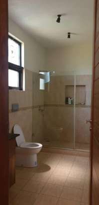 4 bed house for sale $.2mil  at masaki area sqm 800 image 4