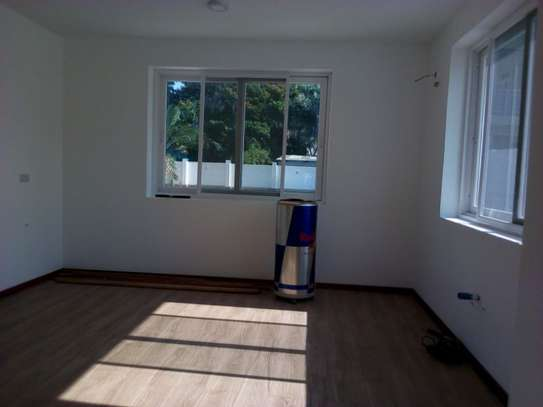 4bed room ensuite at mbezi beach with big compound next to the beach $15000 image 10