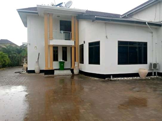 a 4bedrooms standalone in MBEZI BEACH is now available for rent image 1