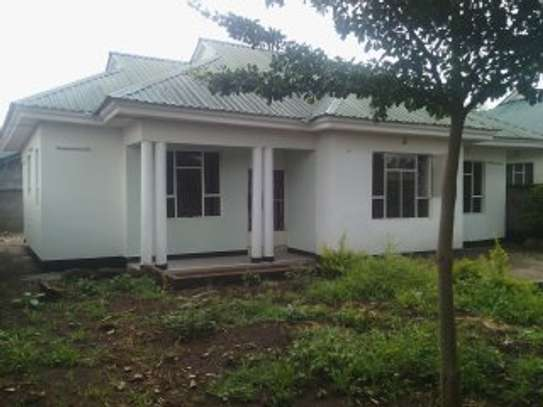 3BEDR  HOUSE FOR RENT AT NJIRO ARUSHA.