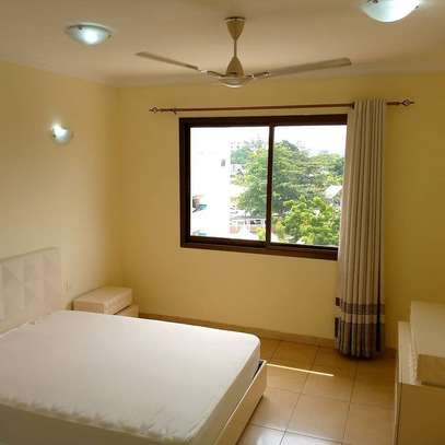 Three  bedrooms apartment for rent image 2