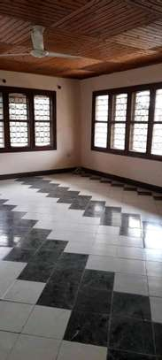 4 Bedrooms house for Rent, rent per month.