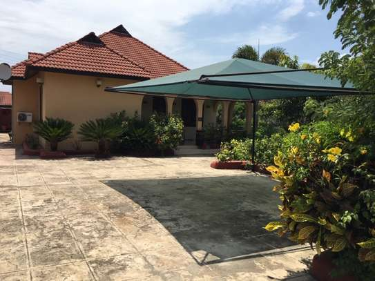 To rent: Beautiful 3-bedroom Home with garden, Osterbay. image 2