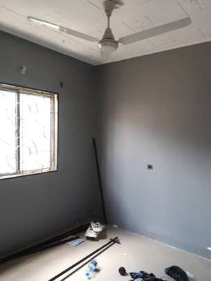 3bed room house at victoria tsh 600000 image 3