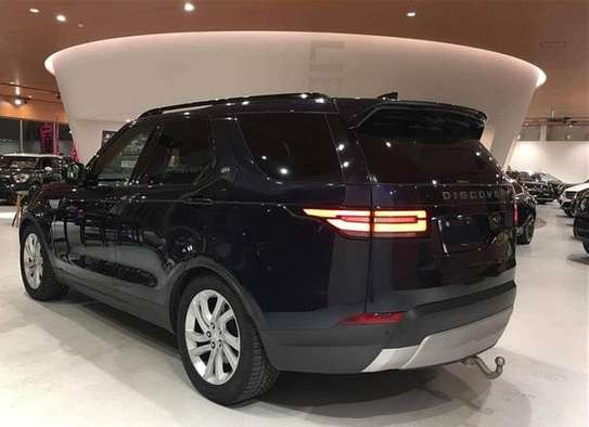 2017 Land Rover DISCOVERY USD 51000 CNF DAR PORT image 2