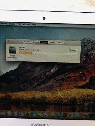 MacBook Air 2012 image 8